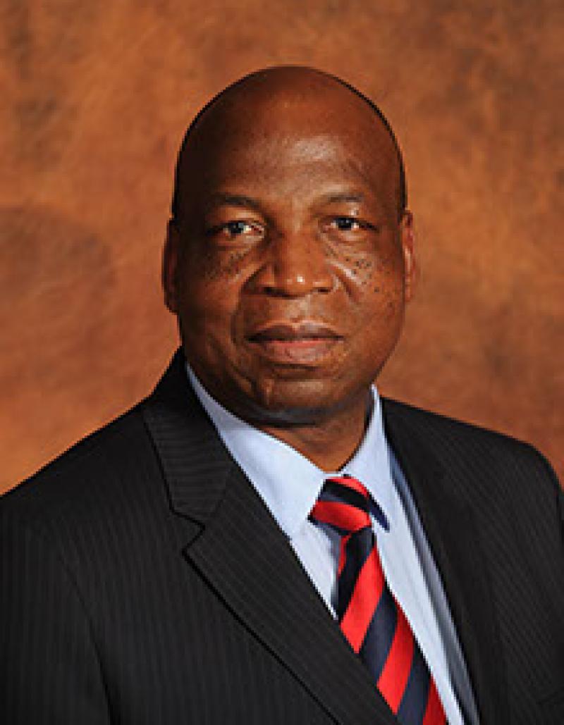 Mr E Ngubane