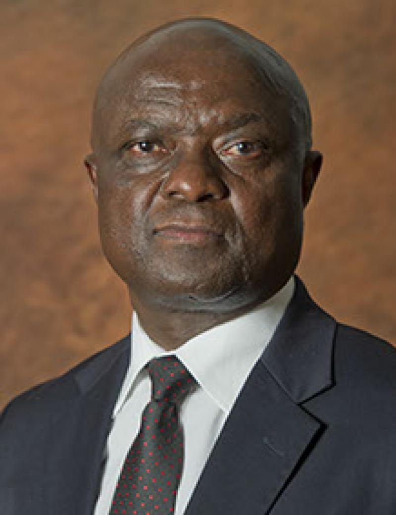 Mr E Mashile