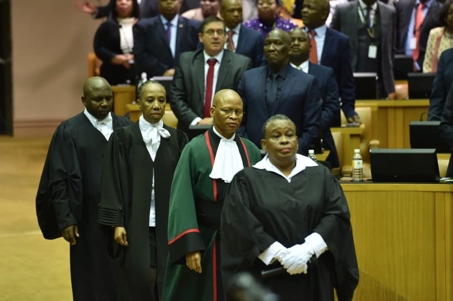 Mogoeng-in-Parly